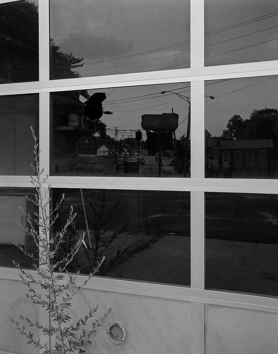 http://michaelmeyerphoto.com/files/gimgs/th-14_5_broken-window023.jpg