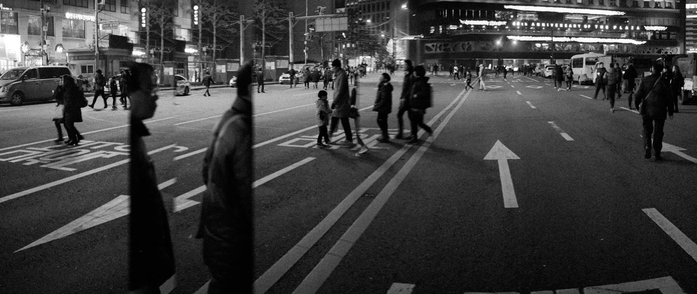 https://michaelmeyerphoto.com/files/gimgs/th-36_20161203_SeoulProtest_MMP-8394.jpg