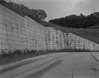 http://michaelmeyerphoto.com/files/gimgs/th-14_5_retaining-wall015.jpg
